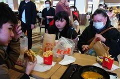 お昼ごはんたべま〜す。.jpg