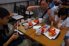 お昼ごはんはマクドナルドで(^^ゞ.jpg