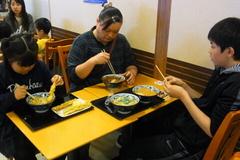 お昼はウィングベイ小樽の丸亀で.jpg