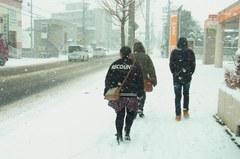 というかホントに寒い…道路も雪が….jpg