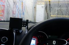 やっと順番…洗車前に水かけた.jpg
