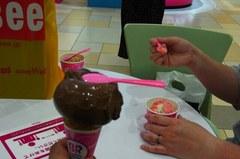 アイスクリームいただきます(^^).jpg