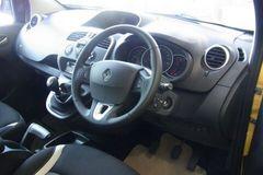 カングー2の運転席.jpg