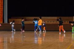 レクリエーション前に子供たちは走り回る.jpg