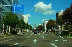 今度は札幌中心街を抜けて….jpg