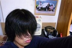 半年切ってない髪〜.jpg