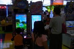 平岡イオンで買い物と遊び.jpg