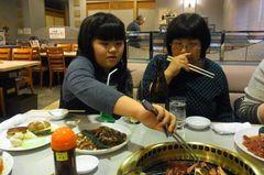 早く食べたい友希ちゃん(笑).jpg