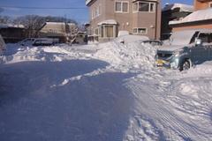 朝来てみたら、もうすごい雪….jpg
