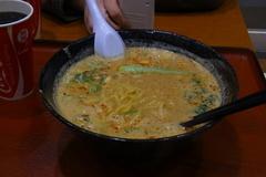 私は安定の満龍の担々麺.jpg