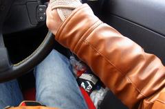 肘がつければなんとか運転OK.jpg