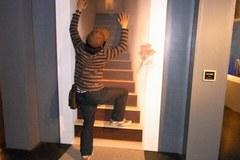 階段の絵でひとネタ.jpg
