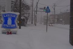 雪国感バリバリな自宅周辺.jpg